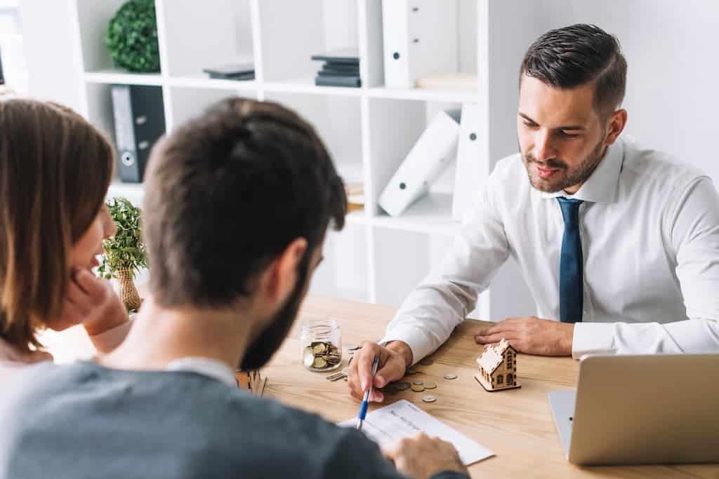 Requisitos de los prestamistas particulares