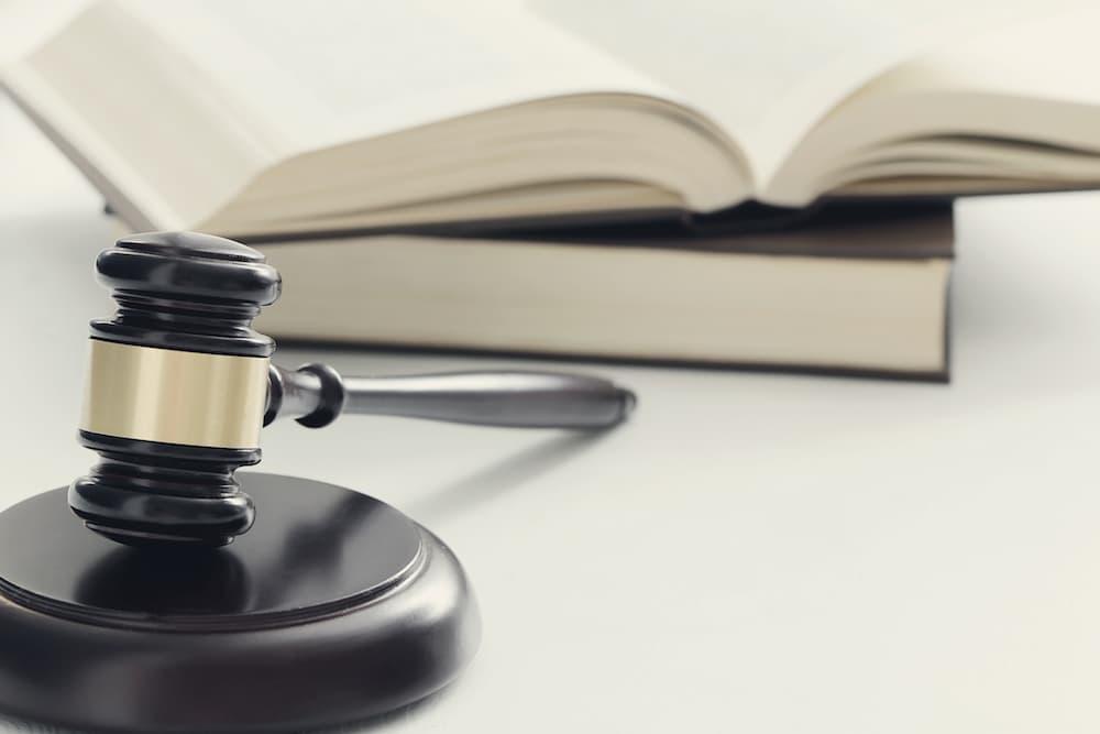 Legalidad y regulación de los prestamistas particulares y privados
